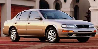 1998 Nissan Maxima photo