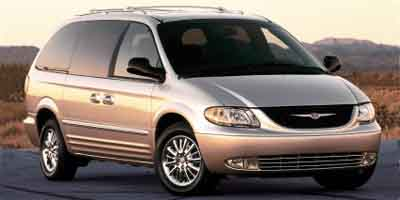 2004 Chrysler Town & Country photo